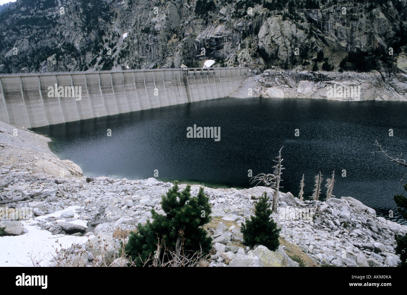 How are artificial dams 15