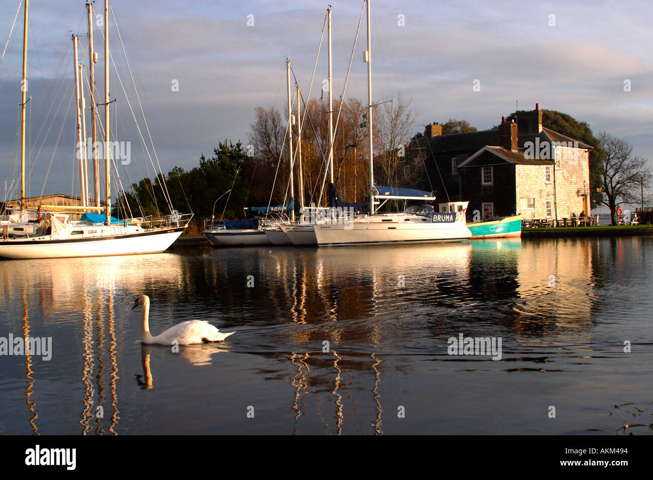 Turf Locks pub on Exeter Canal between Exeter and Exmouth on River Exe estuary in south Devon England UK GB - Stock Image
