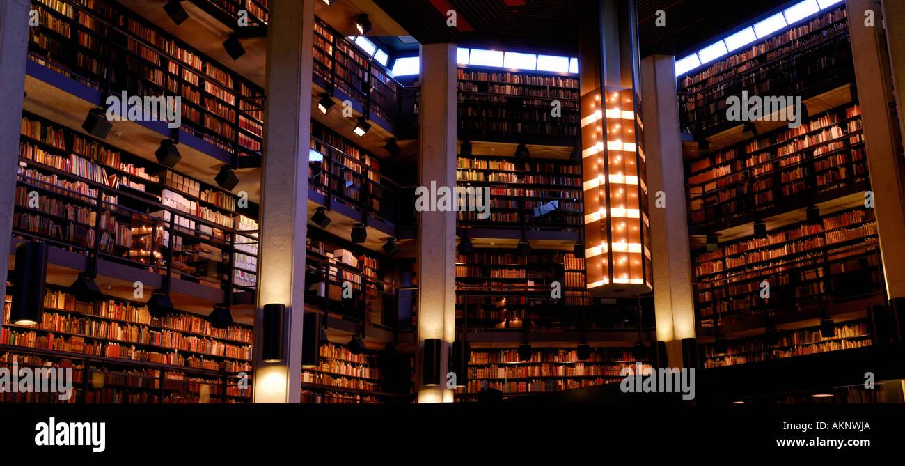 Interior of Thomas Fisher Rare Book Library at University of Toronto - Stock Image