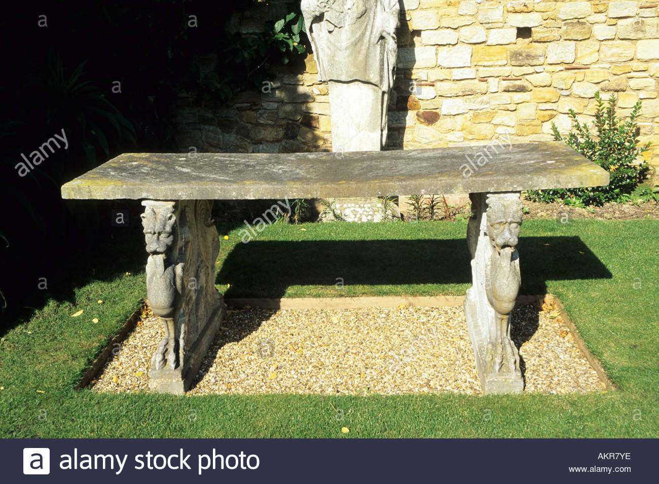 Marvelous Heaver Castle Garden Stone Table Sculpture On Legs Kent Inzonedesignstudio Interior Chair Design Inzonedesignstudiocom