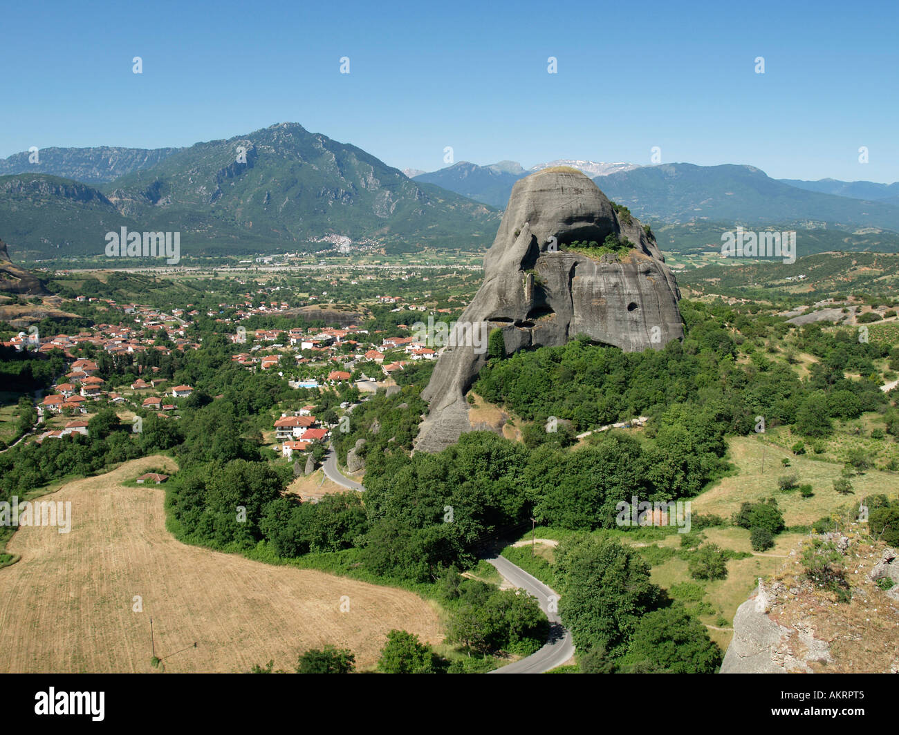 landscape with giant steep rocks in the area of Meteora on the plain of Thessaly near by Kastraki on the edge of the Pindus - Stock Image
