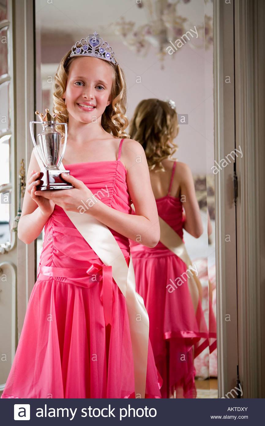 Tween beauty queen - Stock Image