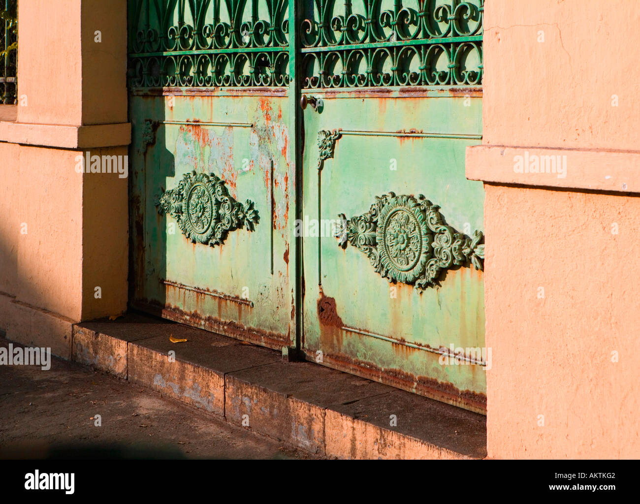 Saint-Denis, Réunion - old rusty gate in need of some love. - Stock Image