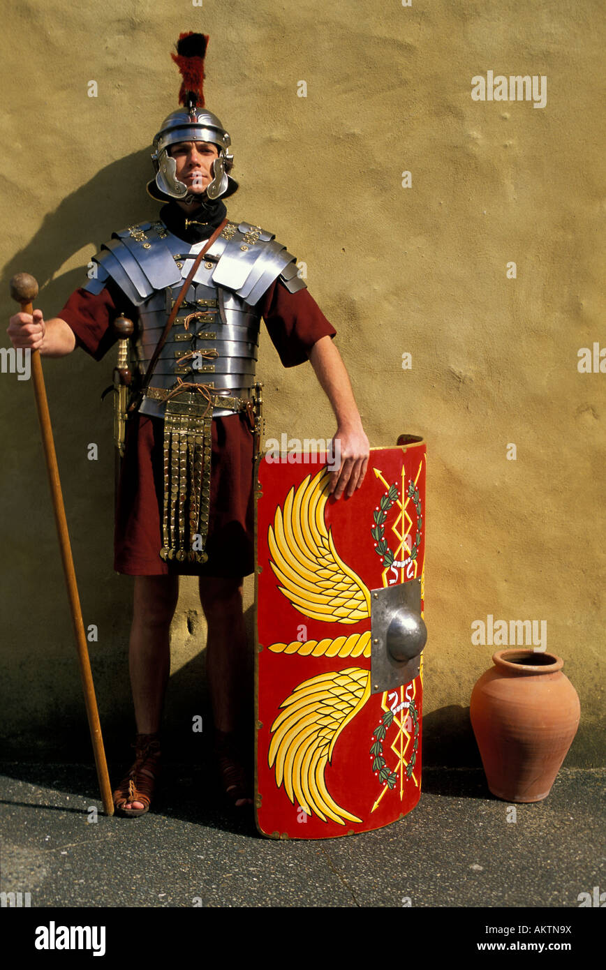 8bb69a14eb1 Roman military uniform Stock Photo: 15072517 - Alamy