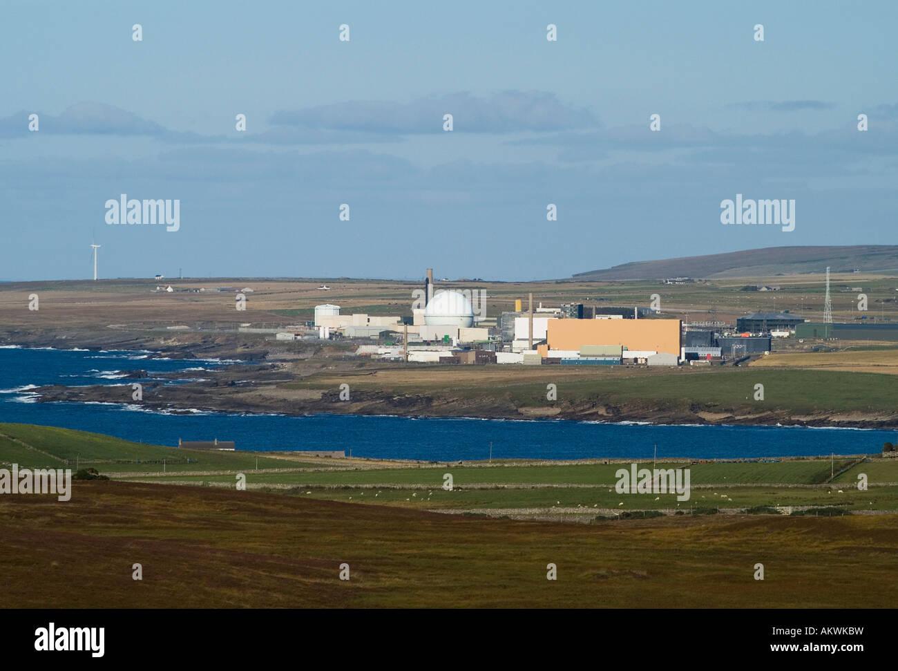 dh  DOUNREAY CAITHNESS Uk Nuclear atomic reactor electricity power station near Thurso scotland - Stock Image
