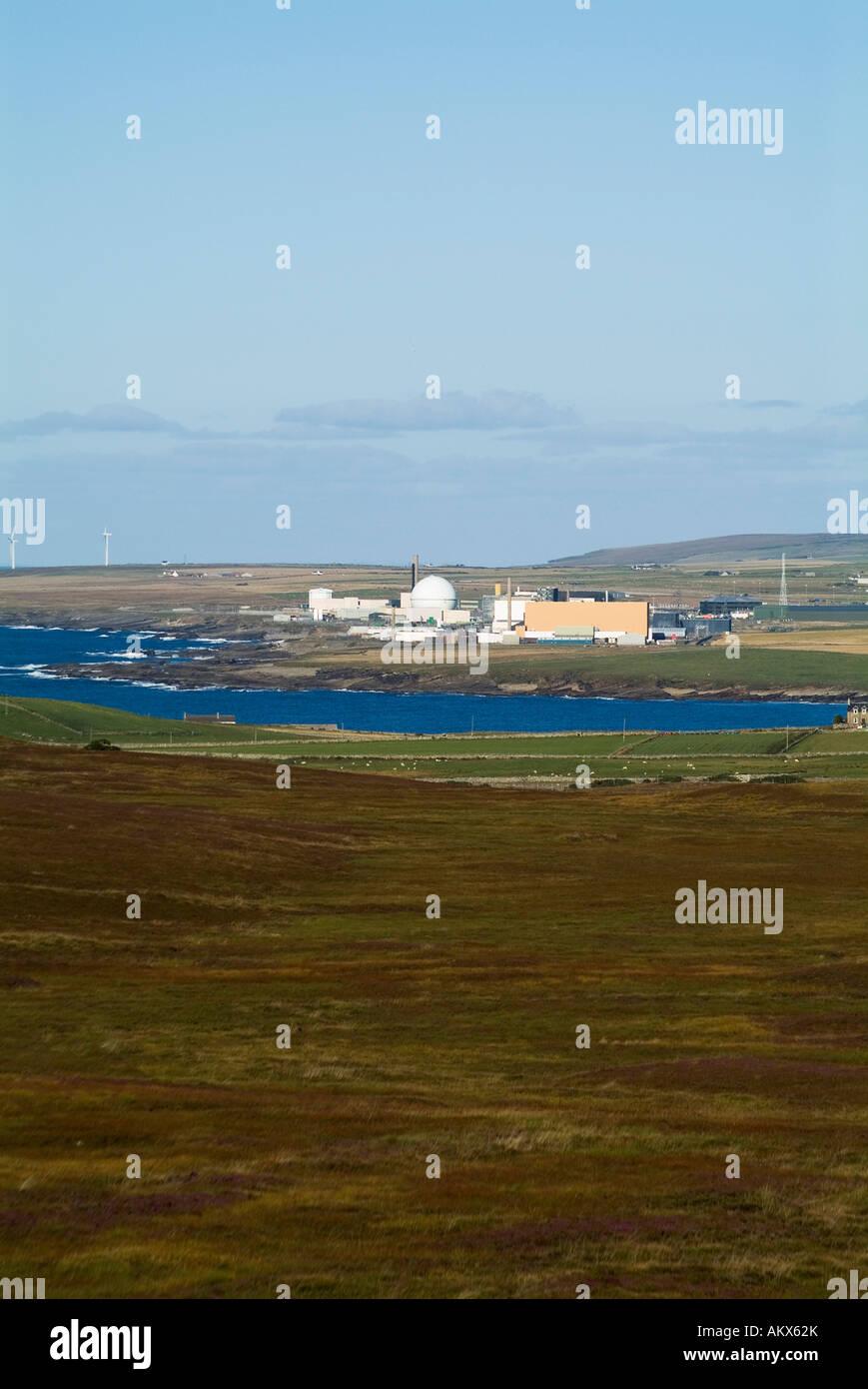 dh  DOUNREAY CAITHNESS Nuclear atomic reactor electricity power station near Thurso scotland - Stock Image