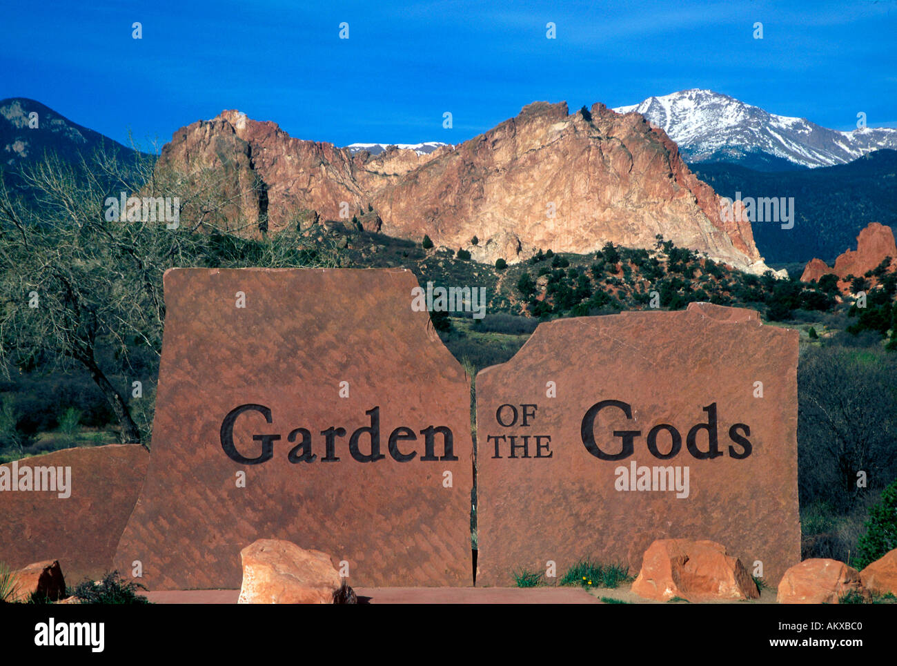 Entrance to the Garden of the Gods Park Stock Photo: 2812863 - Alamy