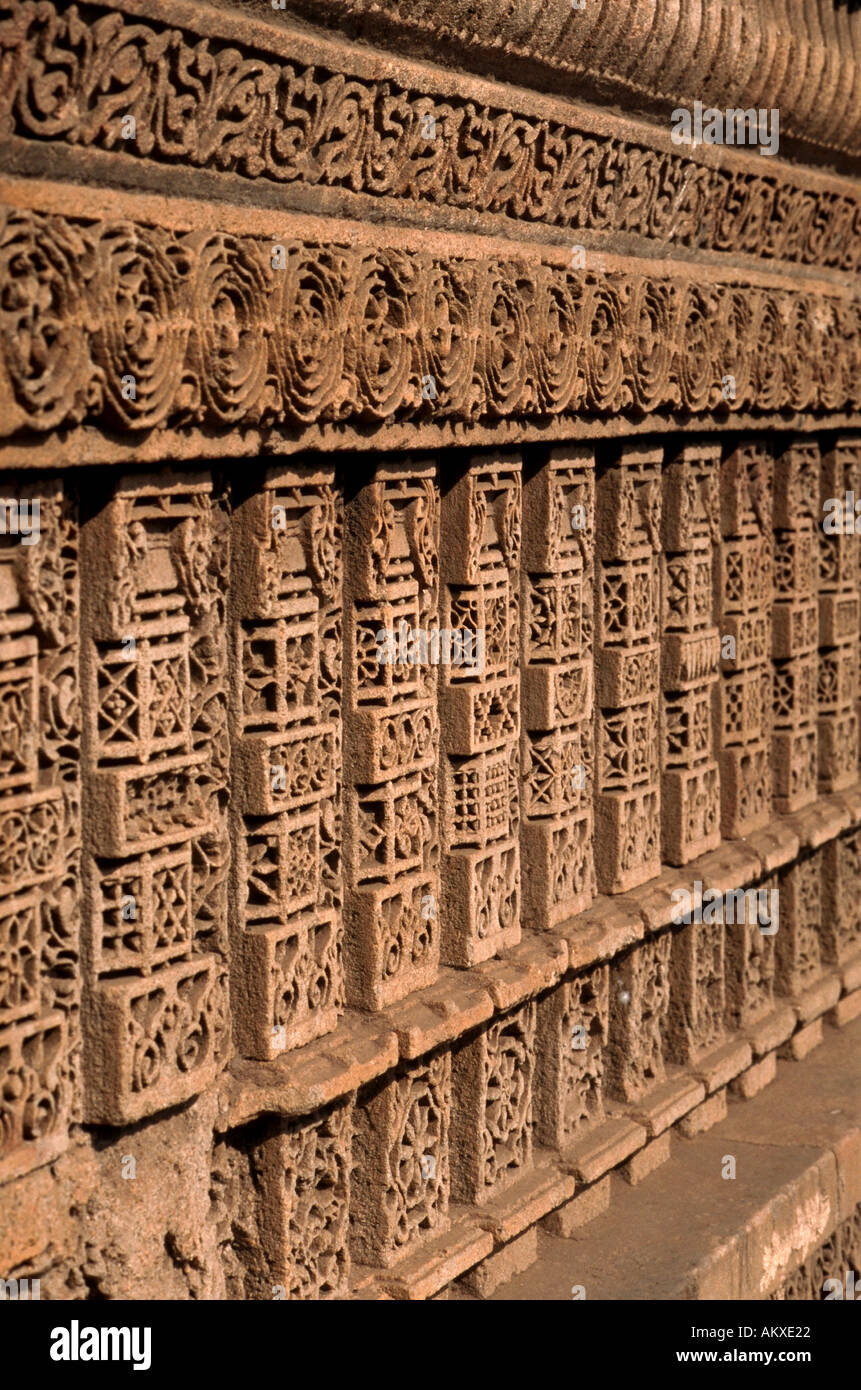 Detail of ornate carved Dada Harir Wav a stepwell or series of stone steps leading to a water source Ahmedabad India - Stock Image