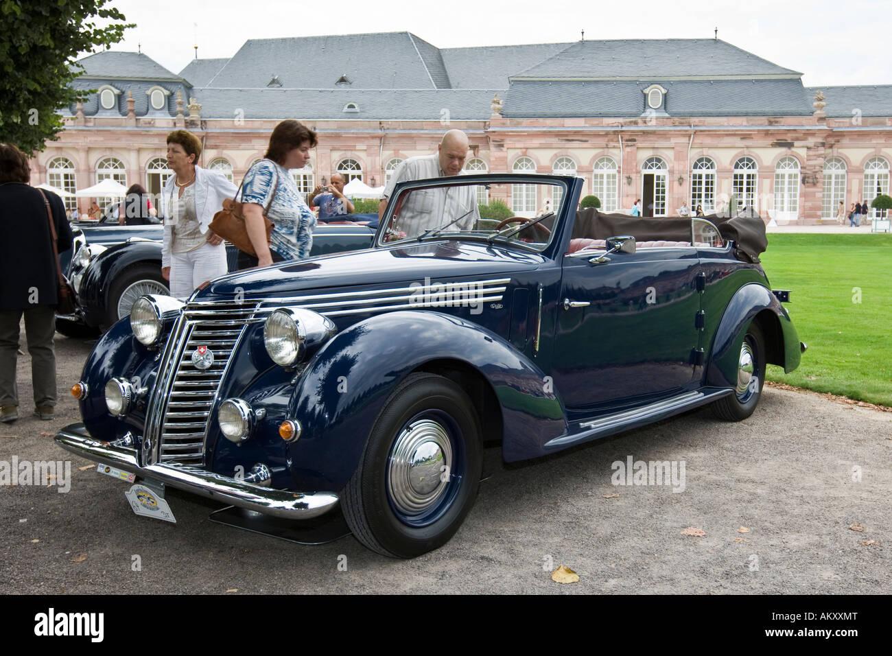 Fiat 1500 Viotti Convertible, I 1940 - 48, vintage car meeting, Schwetzingen, Baden-Wuerttemberg, Germany - Stock Image