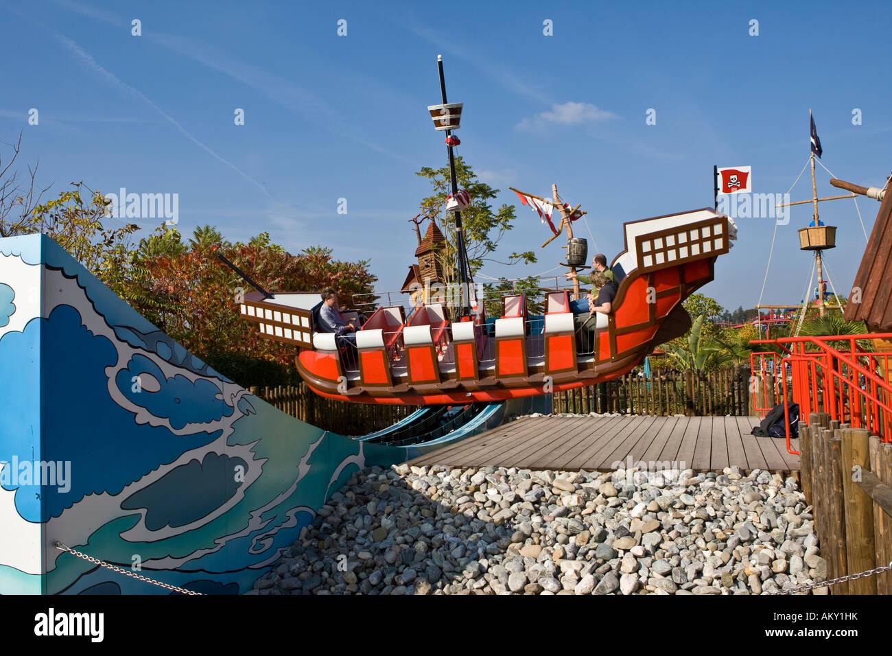 Pirate swing, Legoland...