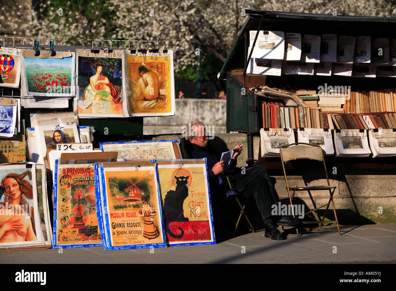 France, Paris, book seller stalls on the Quais de Seine - Stock Image