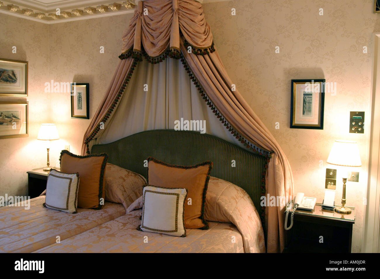 The Dorchester Hotel Stock Photos The Dorchester Hotel Stock Images Page 3 Alamy