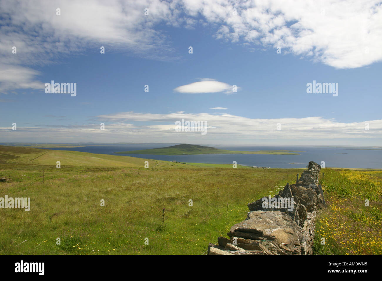 The island of Gairsay from Yessa Hill on Mainland, Orkney - Stock Image