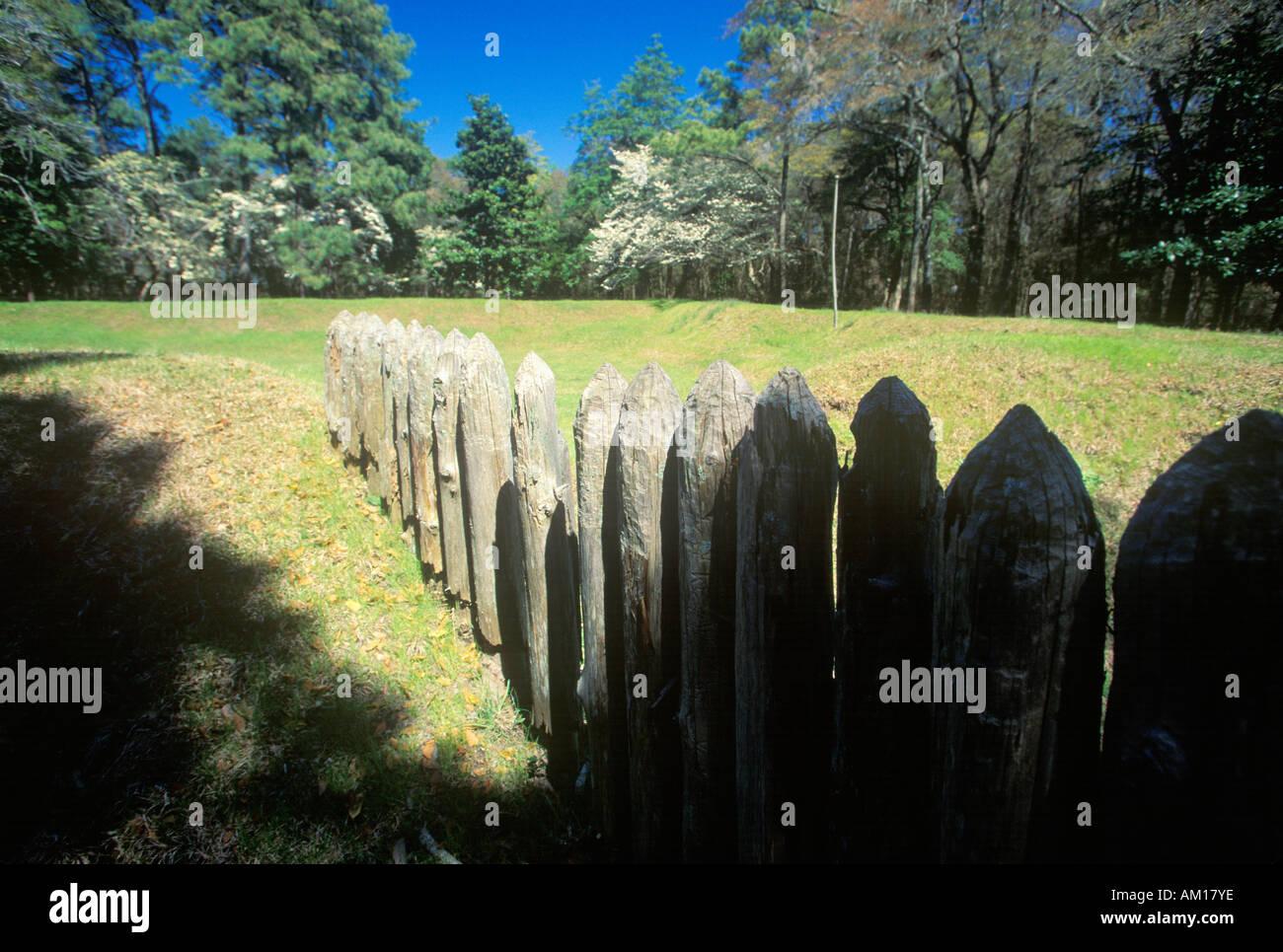 Gravestone commemorating The Lost Colony at Roanoke NC - Stock Image