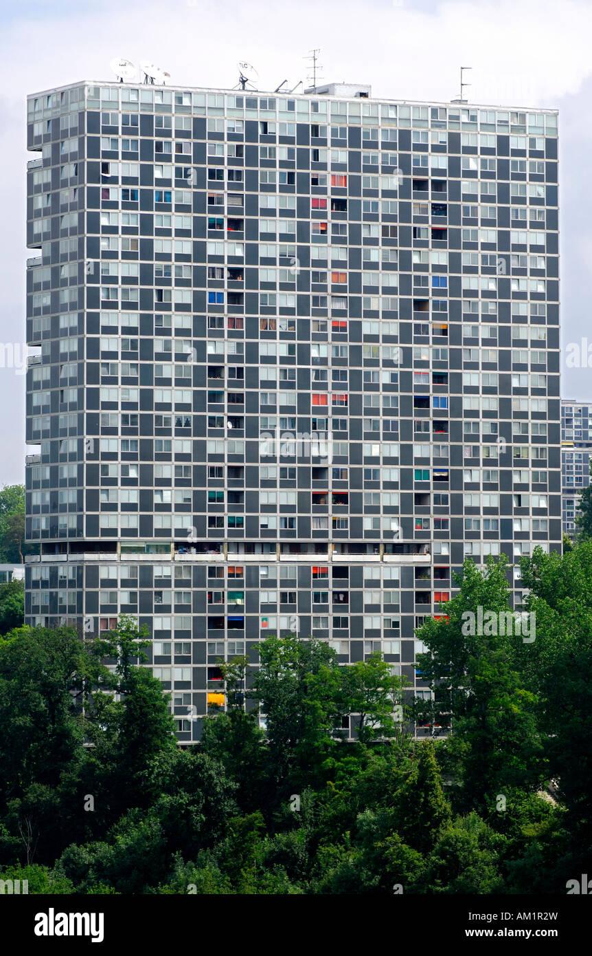 Social housing scheme, high-rising of the Cité du Lignon, Vernier, Switzerland - Stock Image