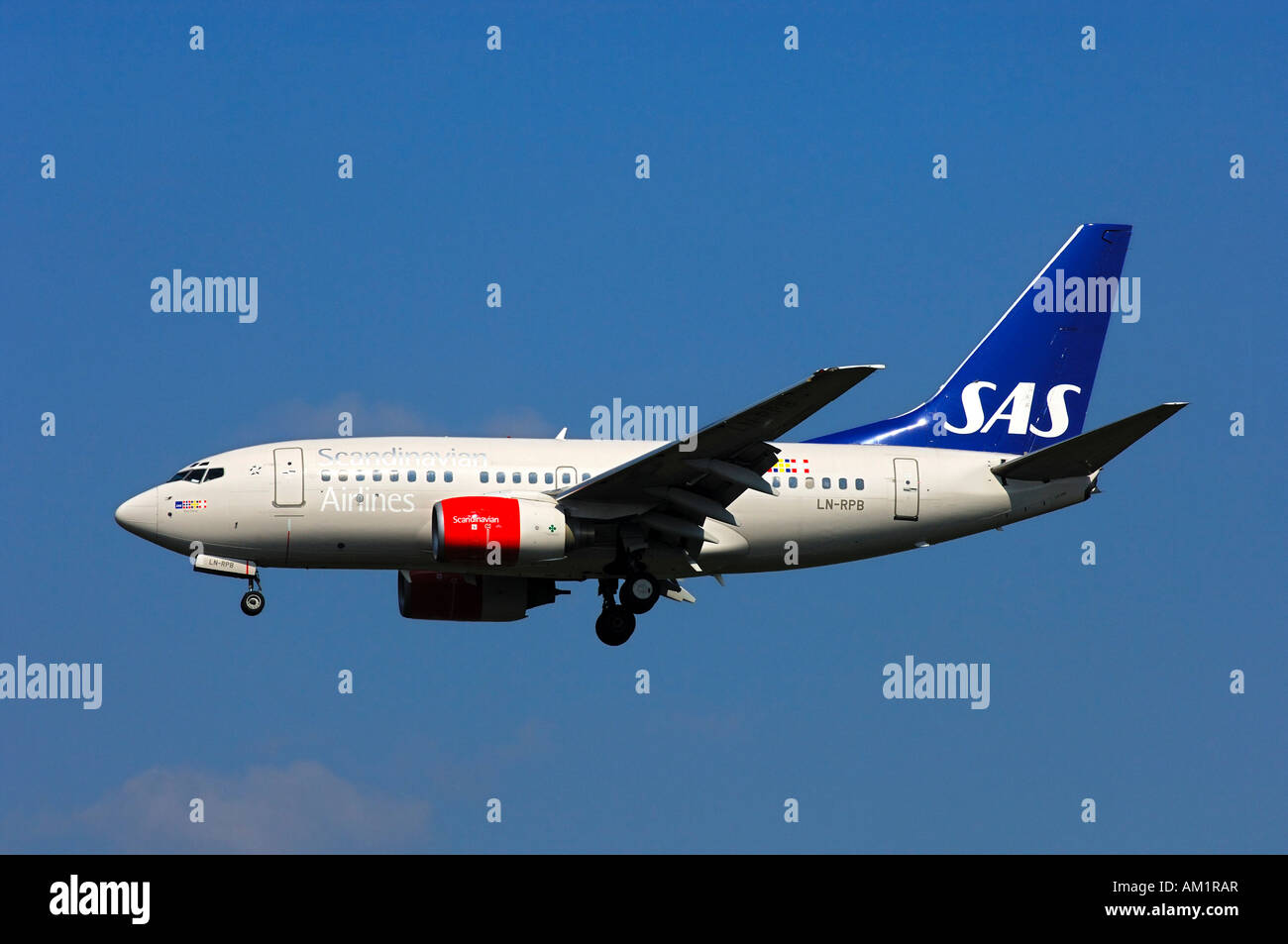 Airborne Boeing 737-683 of Scandinavian Airlines (SAS) - Stock Image