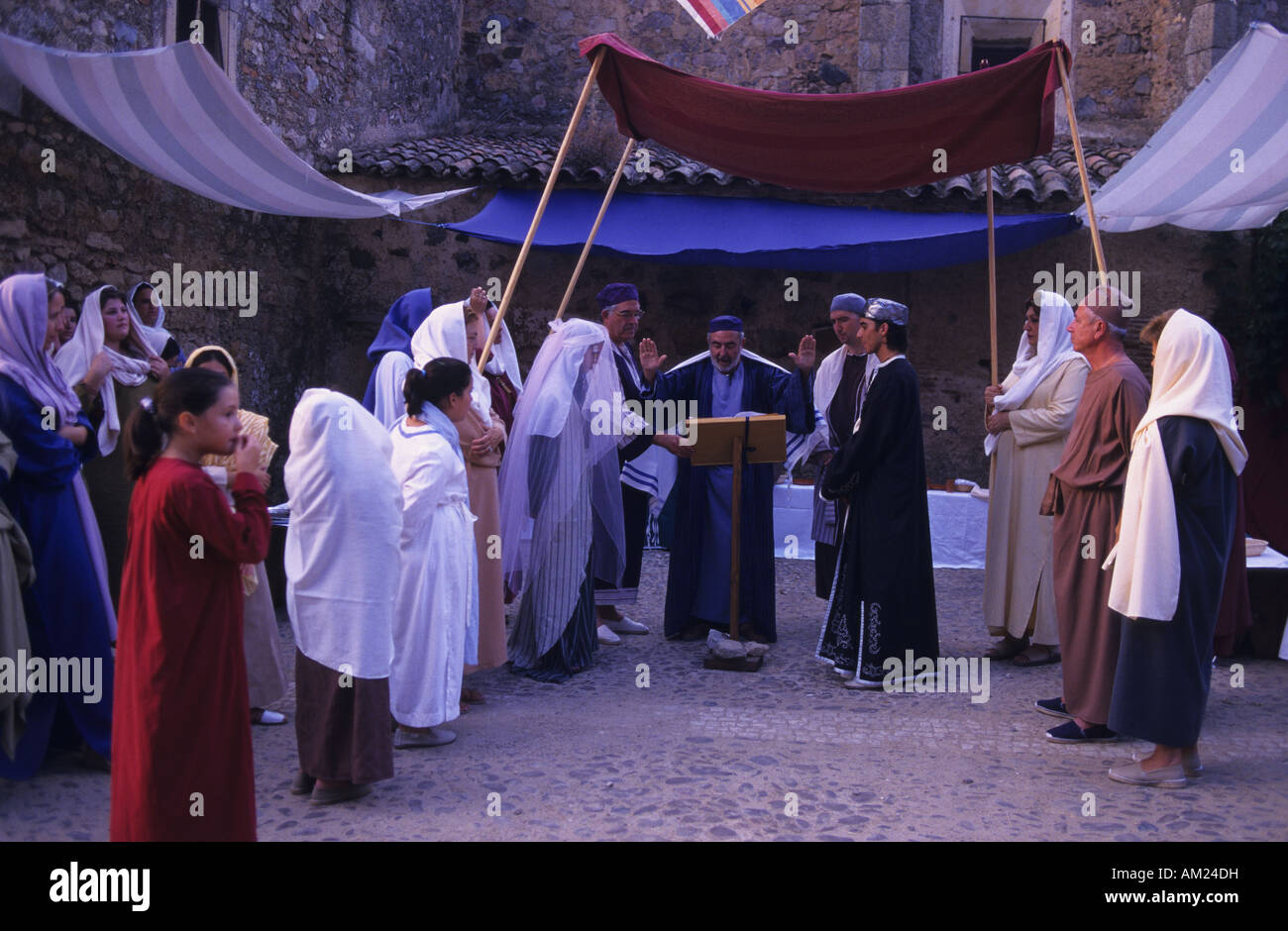 Sephardic wedding MIDDLE AGES FESTIVAL in ALBURQUERQUE Badajoz province Spain Stock Photo