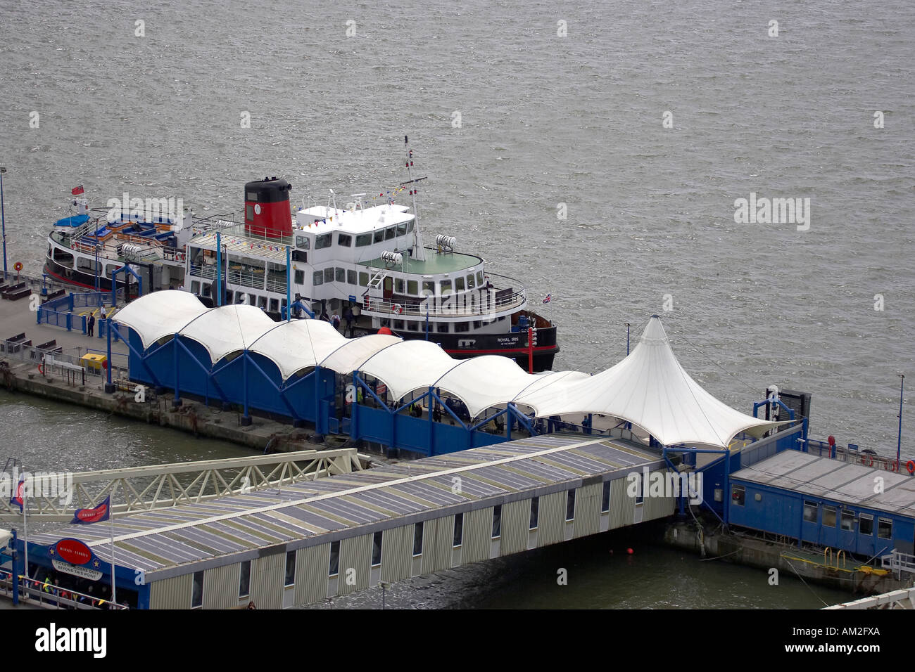 Mersey Ferry at Liverpool Pier Head - Stock Image