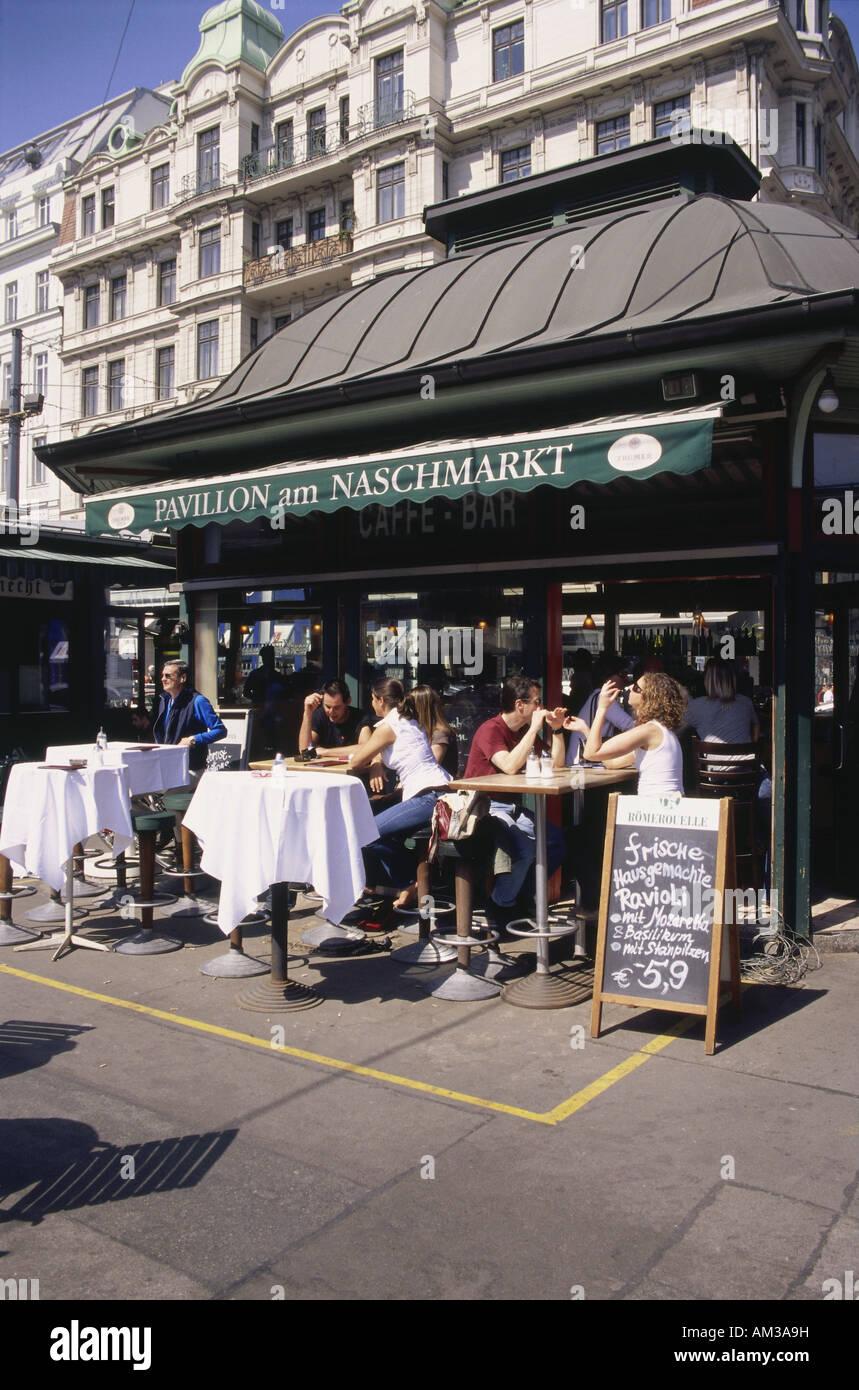 Vienna Naschmarkt Street Cafe Stock Photos & Vienna Naschmarkt ...