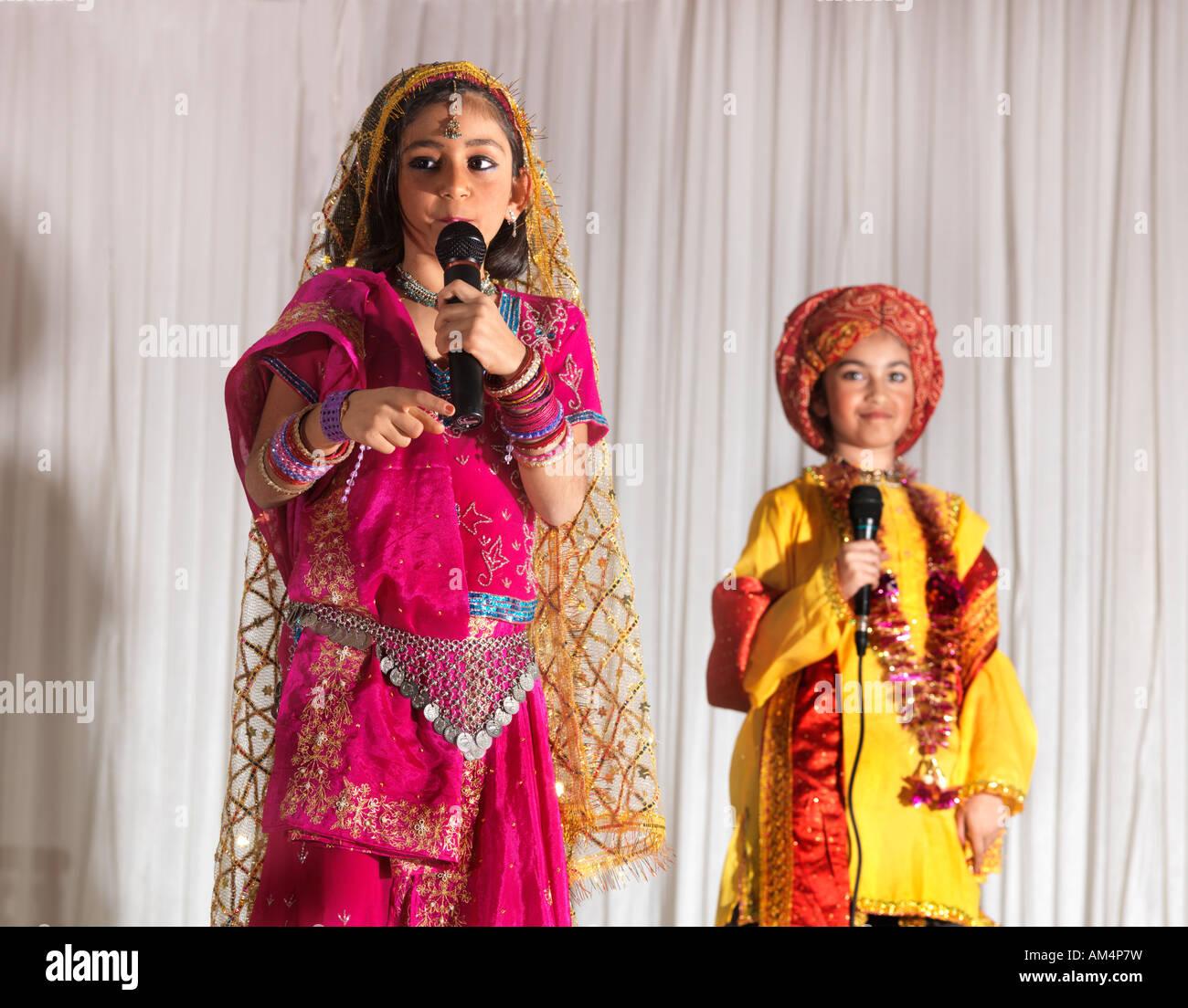 A 52629 Diwali Play about Akbar Hindu Society London - Stock Image