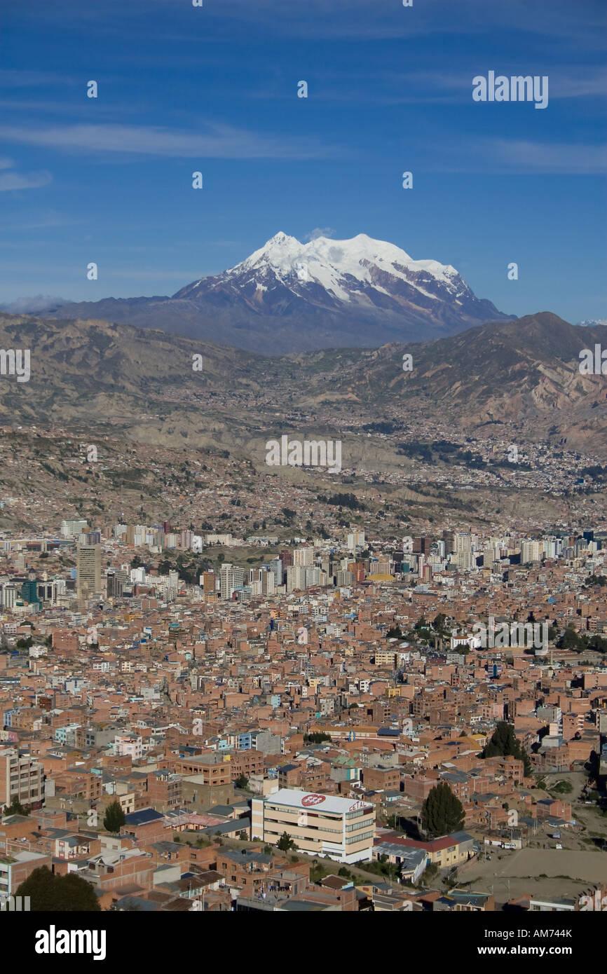 La Paz and Nevado Illimani (6439m), Bolivia - Stock Image