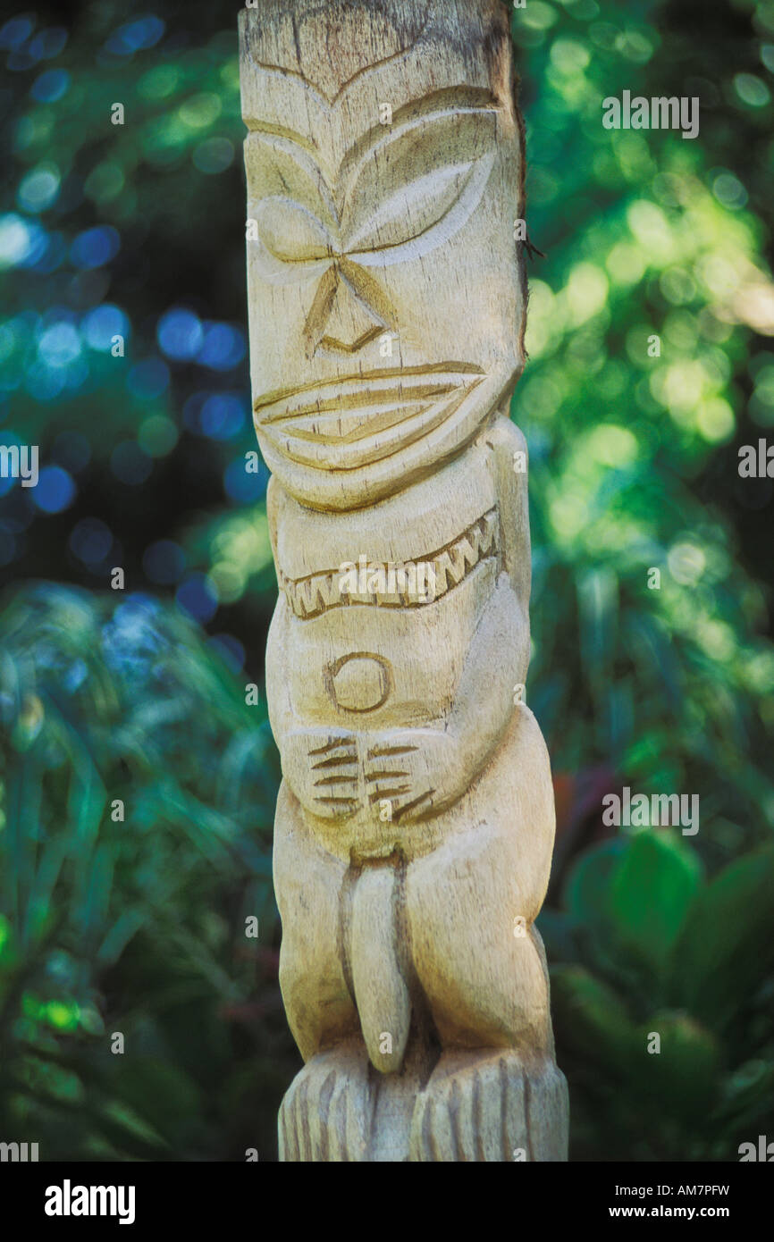 Tiki statue of The God Tangaroa in the Cook Islands - Stock Image