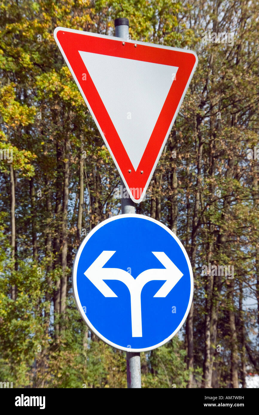 Left or right - symbolic picture - Stock Image