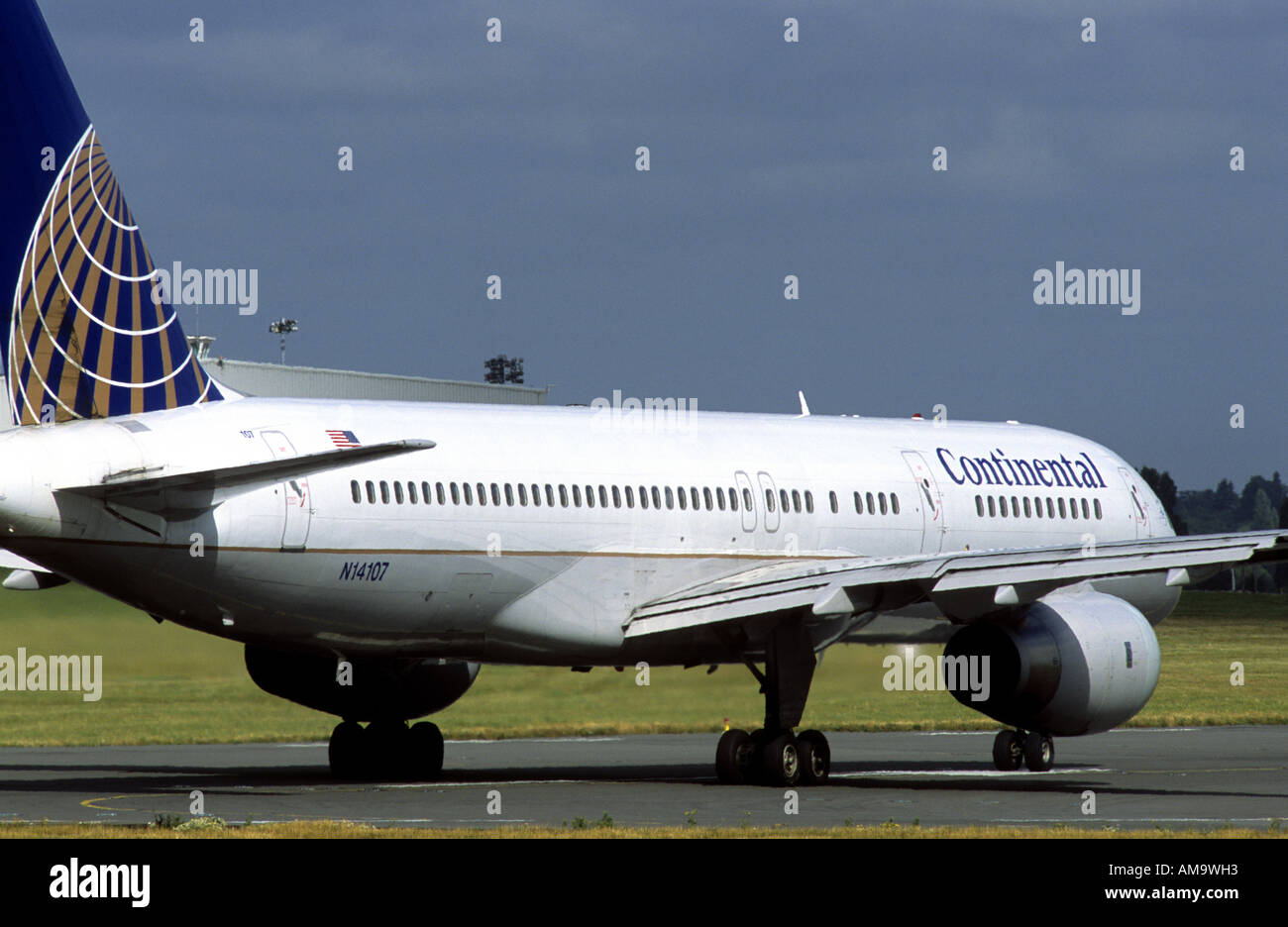 Continental Airlines Boeing 757 about to take off at Birmingham International Airport, West Midlands, England, UK - Stock Image