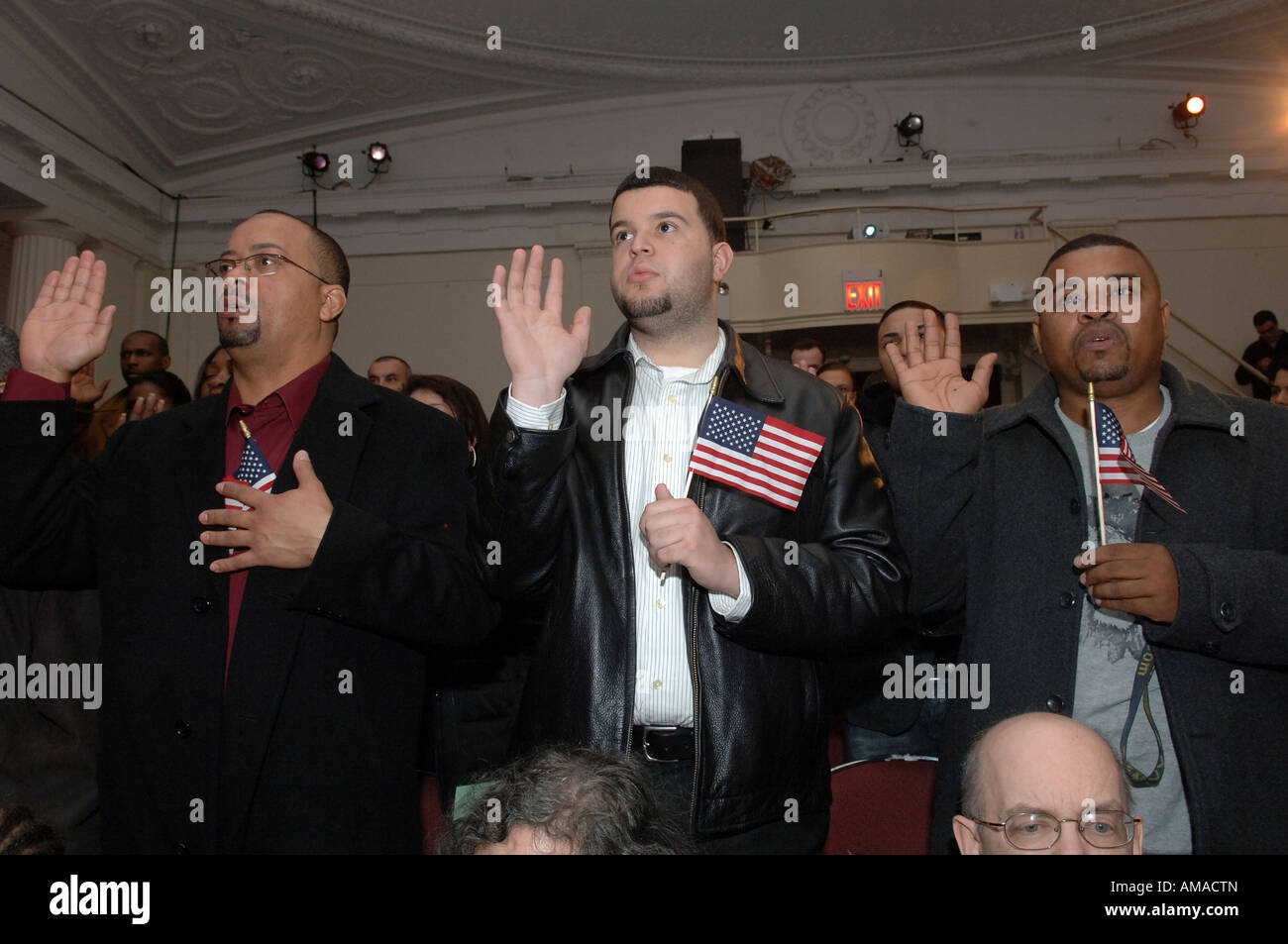 101 new Americans are sworn in as citizens at a naturalization ceremony at the New York Historical Society - Stock Image