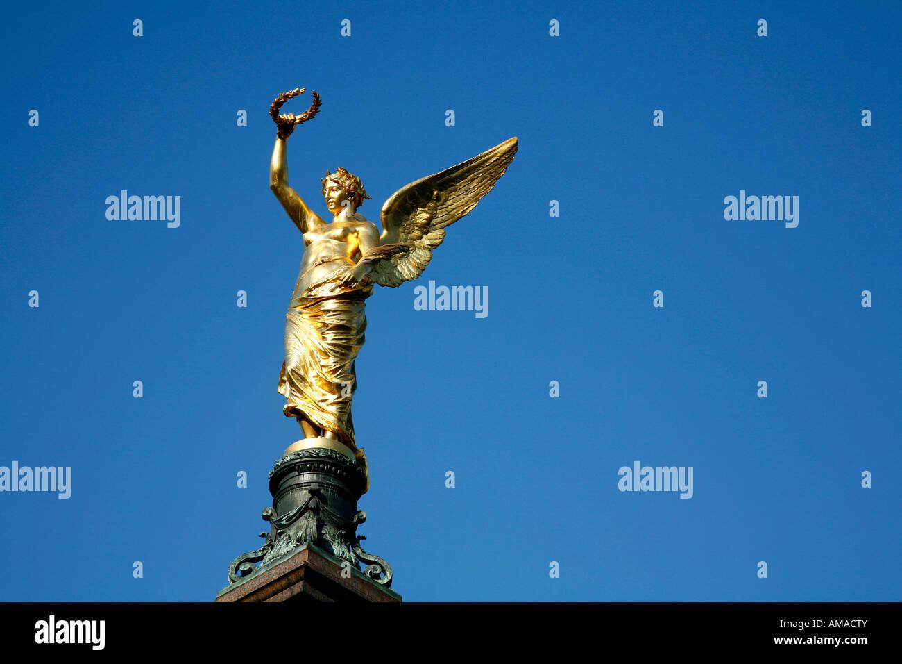 Aug 2008 - Golden Angel Liebenberg monument Vienna Austria - Stock Image