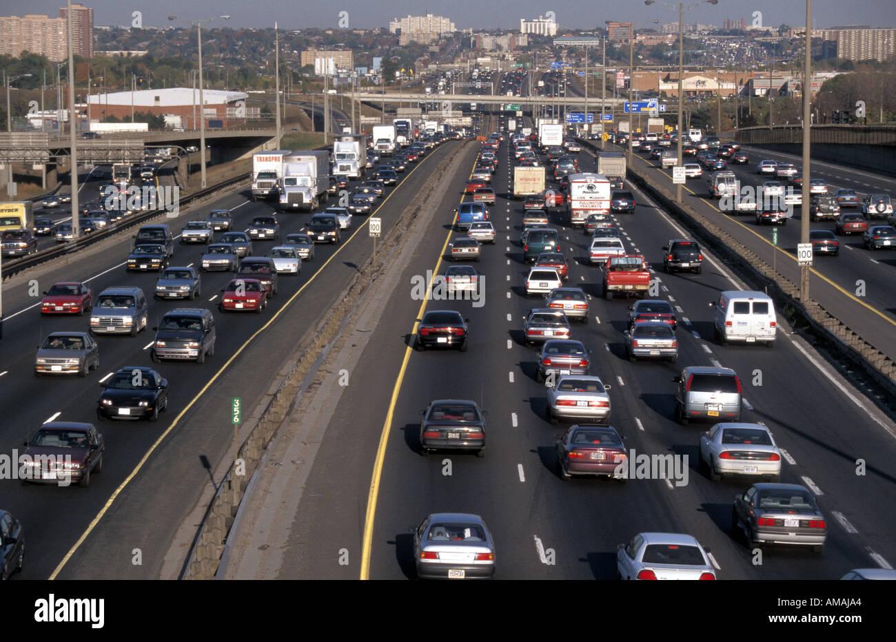 Toronto Canada heavy traffic on Highway 401 Stock Photo: 4962979 - Alamy