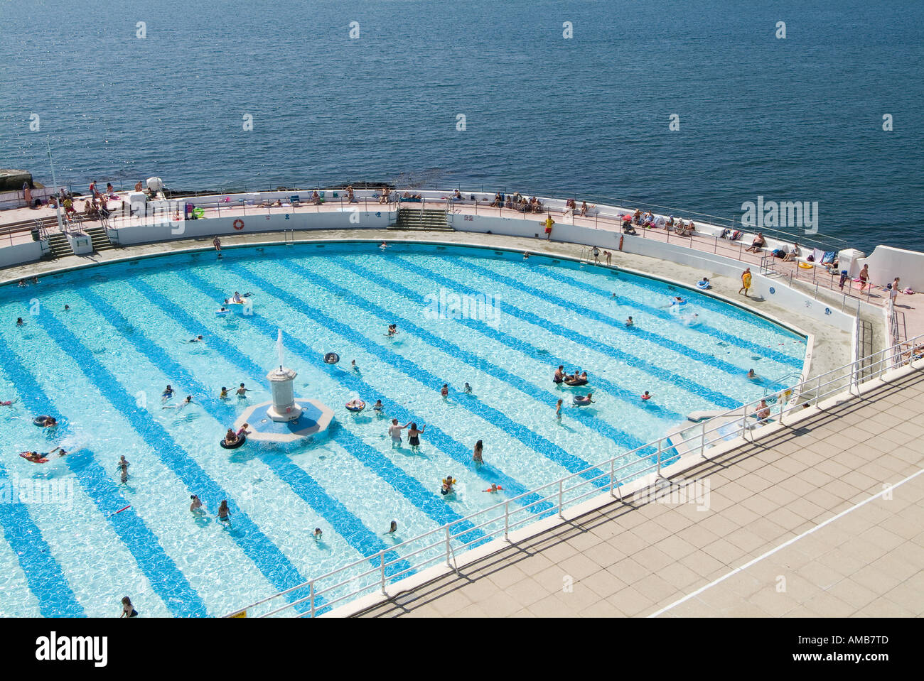 Tinside Swimming Pool Plymouth Uk Stock Photo 8690892 Alamy