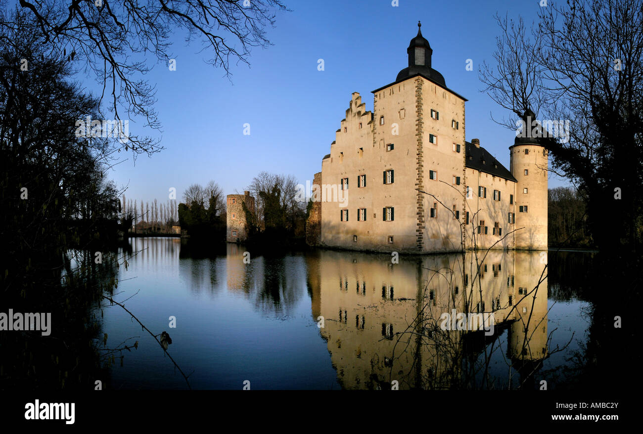 Castle veynau germany north rhine westphalia kreis euskirchen stock photo 15210530 alamy - Euskirchen mobel ...