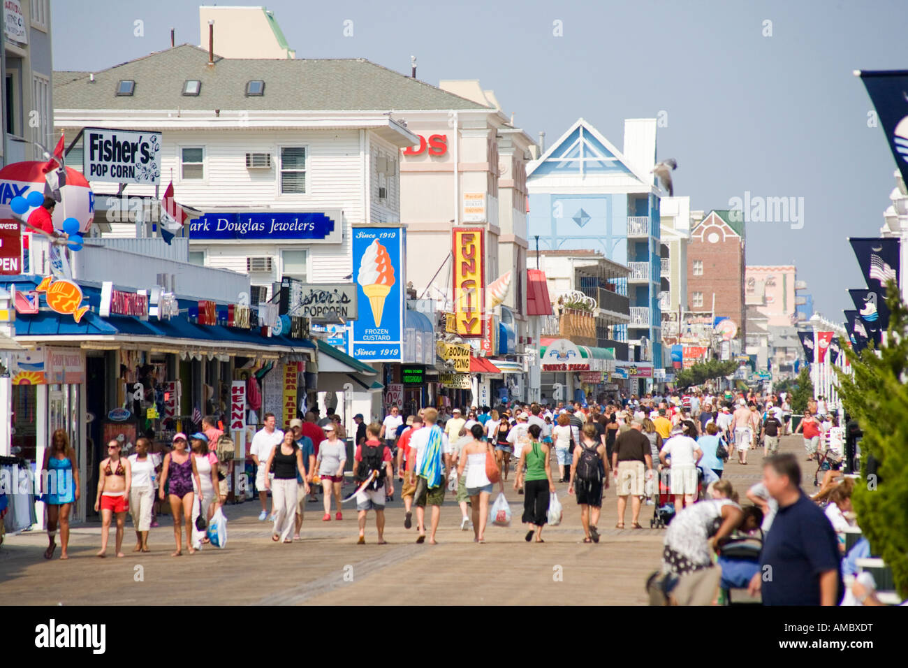 A Crowded Boardwalk In Ocean City Maryland Usa Stock Photo