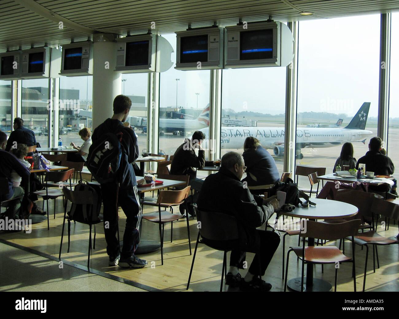 Terminal 1 Manchester Airport Stock Photos Terminal 1 Manchester