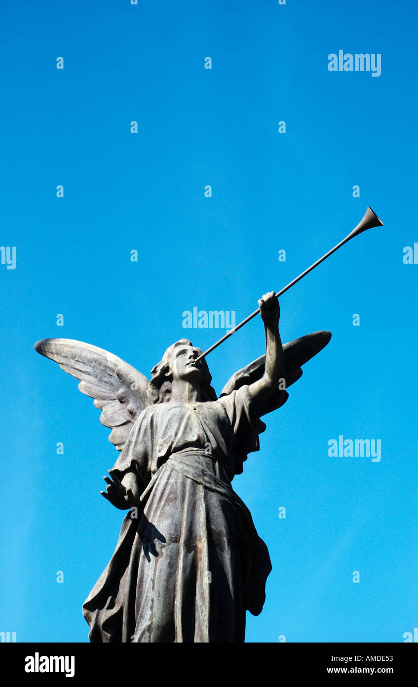 angel statue with trumpet - Stock Image