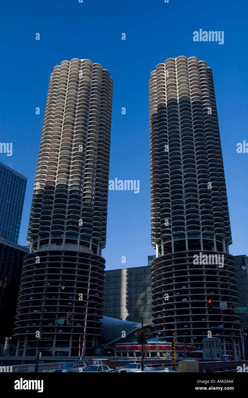 Iconic Marina City High Rise Modern Apartment Towers 8x10 Photo Chicago Illinois