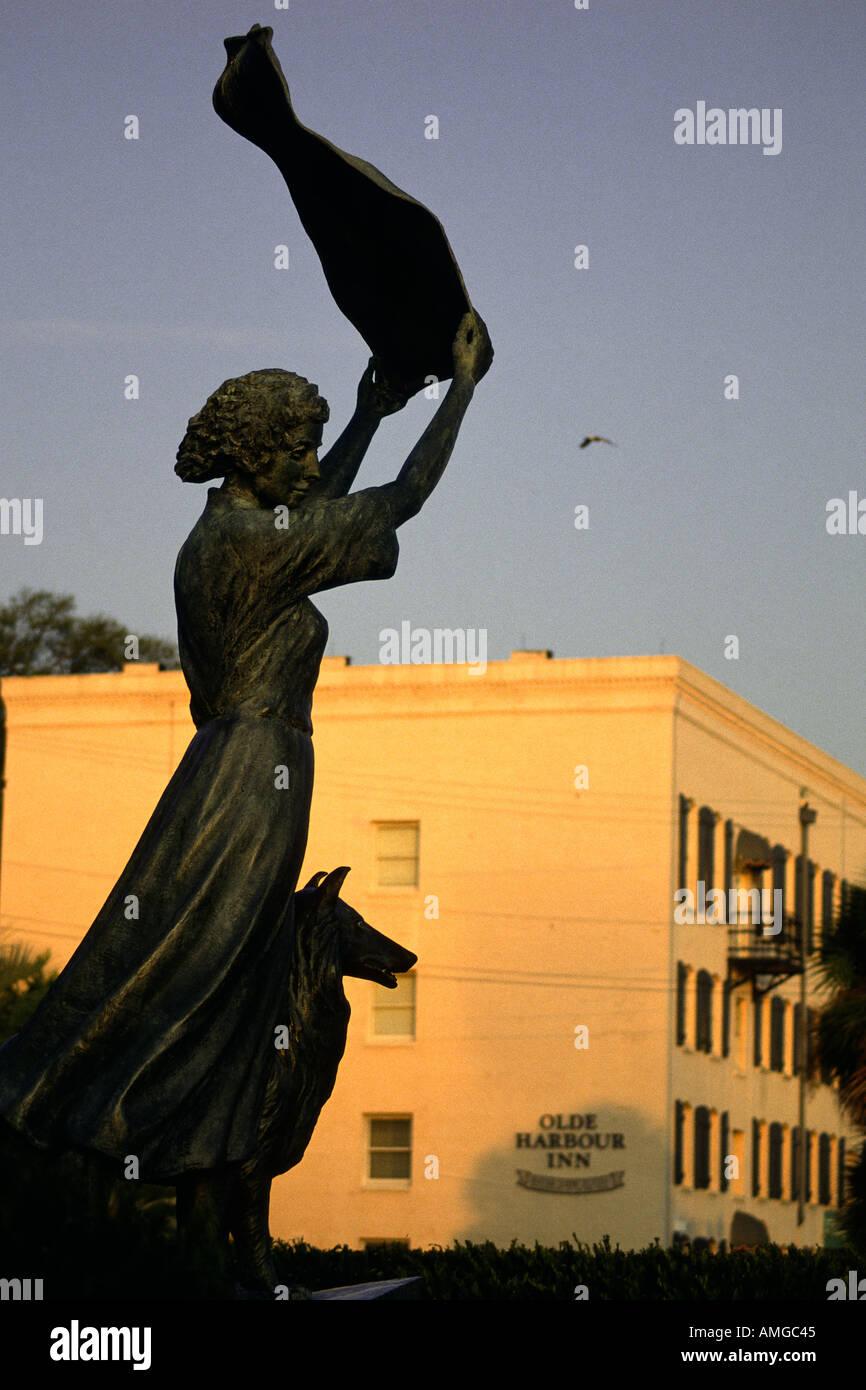 Waving girl statue River Street Savannah Georgia USA - Stock Image