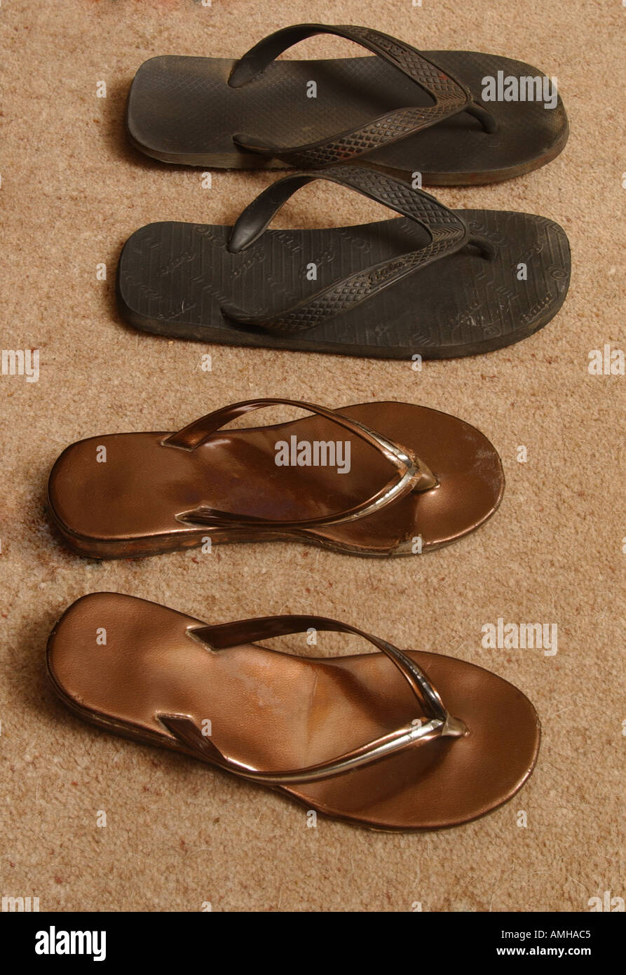 Tsunami Victims Stock Photos Images Alamy Sandal Sehat Beach Shoes Belonging To Of The In Sri Lanka December 2004