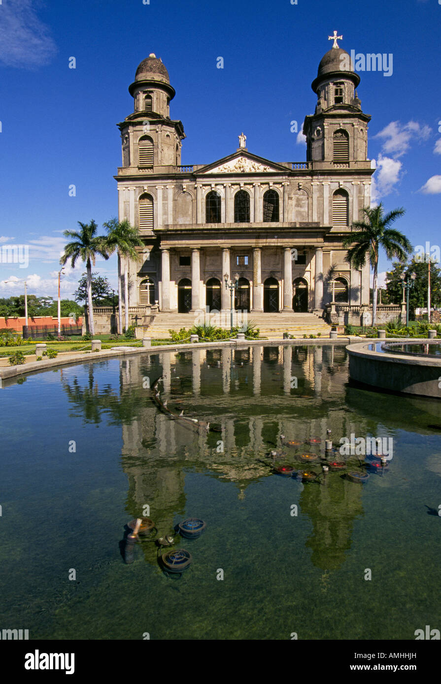 CENTRAL AMERICA NICARAGUA A view of the historic Catholic cathedral along the malecon in Managua Nicaragua - Stock Image