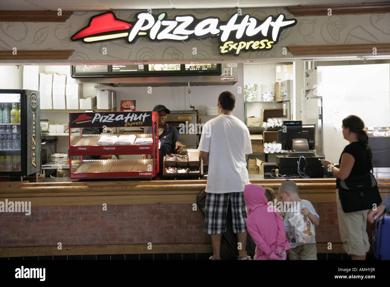 Pizza Hut Restaurants Stock Photos Pizza Hut Restaurants