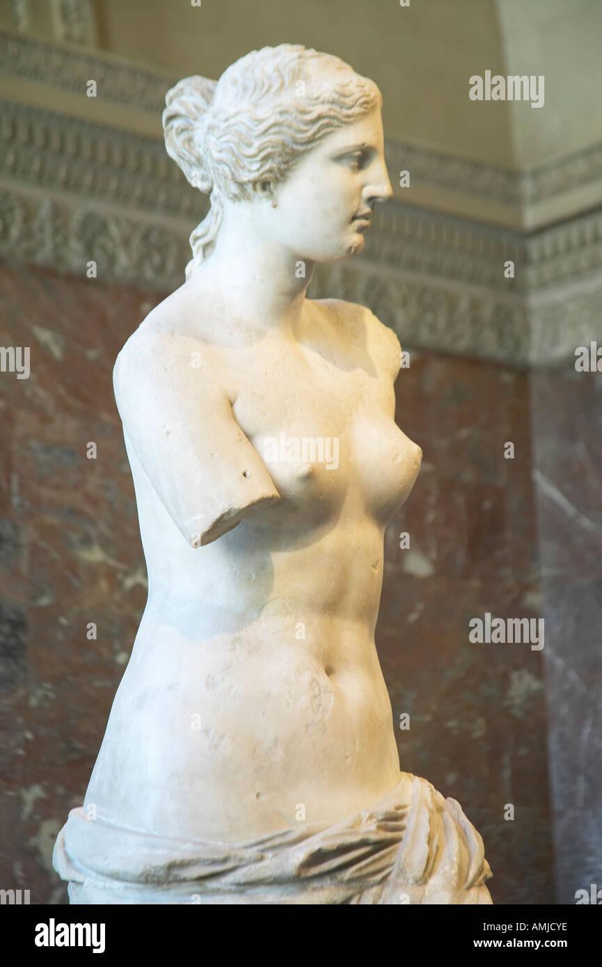 Statue of Venus de Milo Aphrodite Greece ca 150 125 BC at the Louvre Museum Paris France - Stock Image