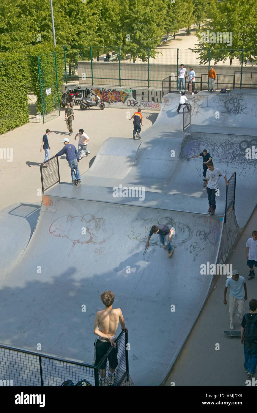 Skateboard Park Palais de Omnisports de Paris Bercy Paris France - Stock Image