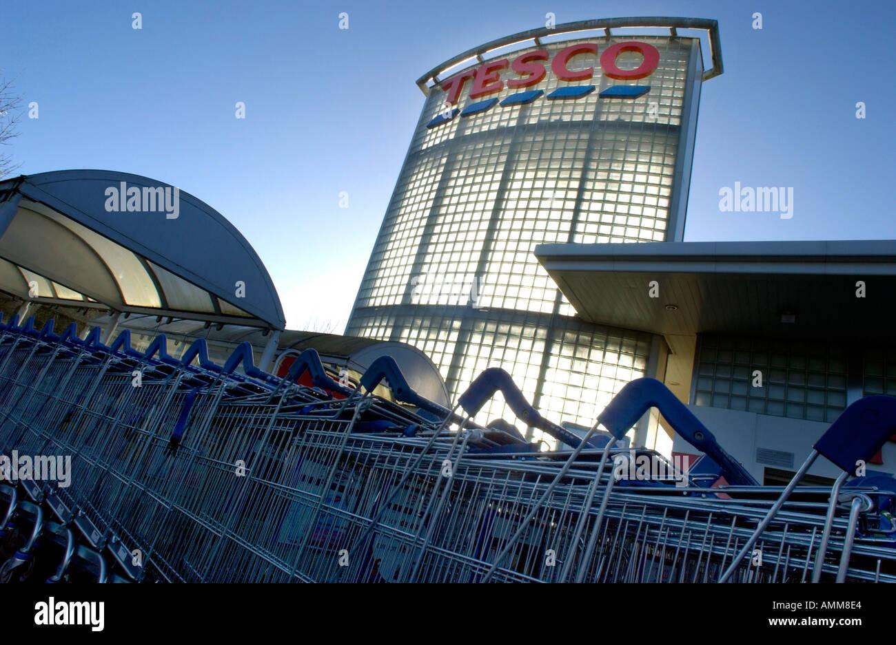 Tesco sign on a Tesco Supermarket at Winchester, Hampshire UK - Stock Image