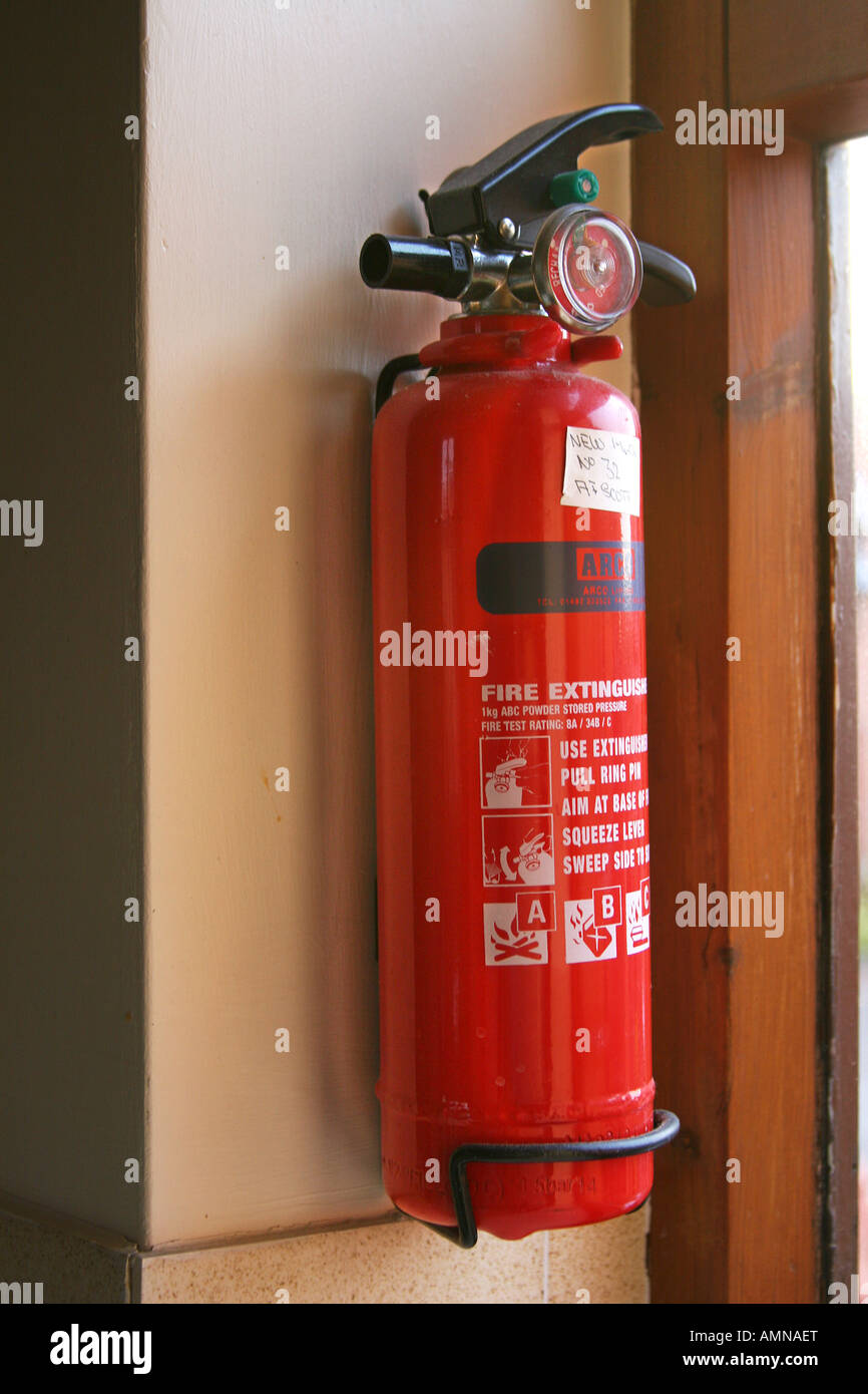 Hand Type Red Water Fire Extinguisher Wall Mounted With