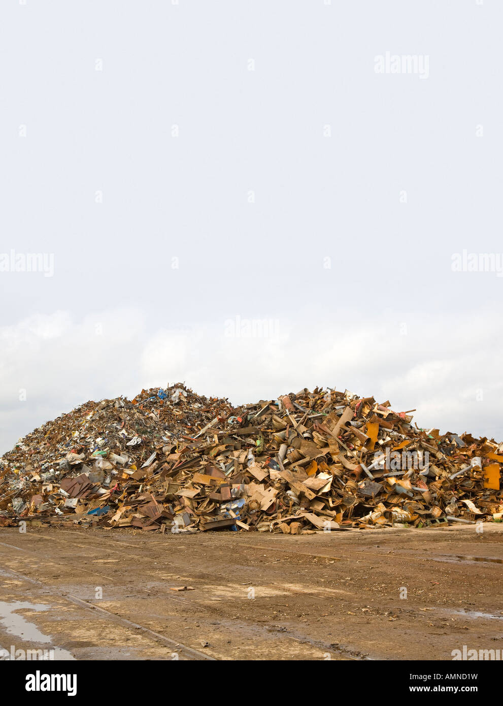 Mountain of scrap iron and steel to be recycled - Stock Image
