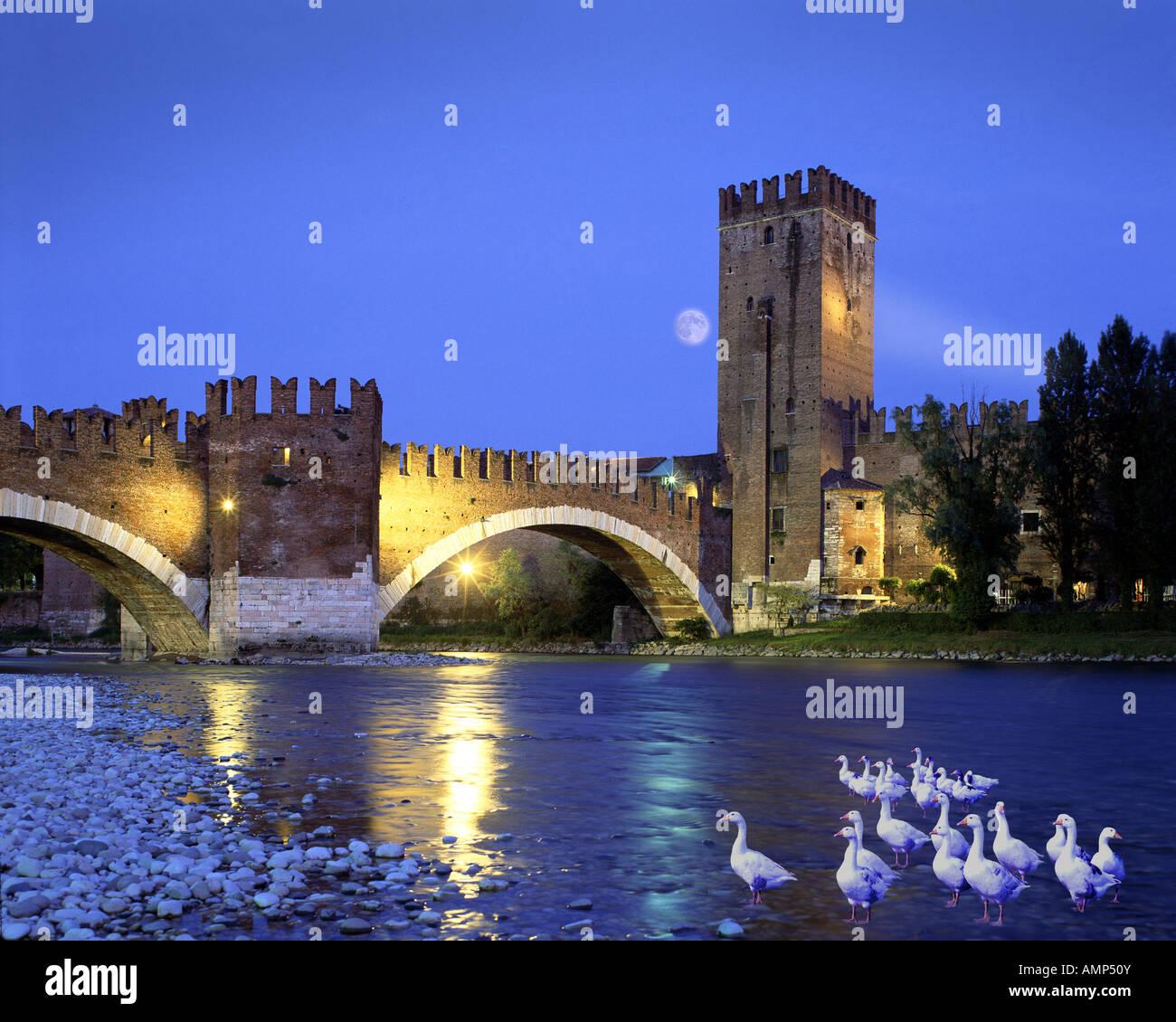 IT - VERONA:  Ponte di Castel Vecchio Stock Photo