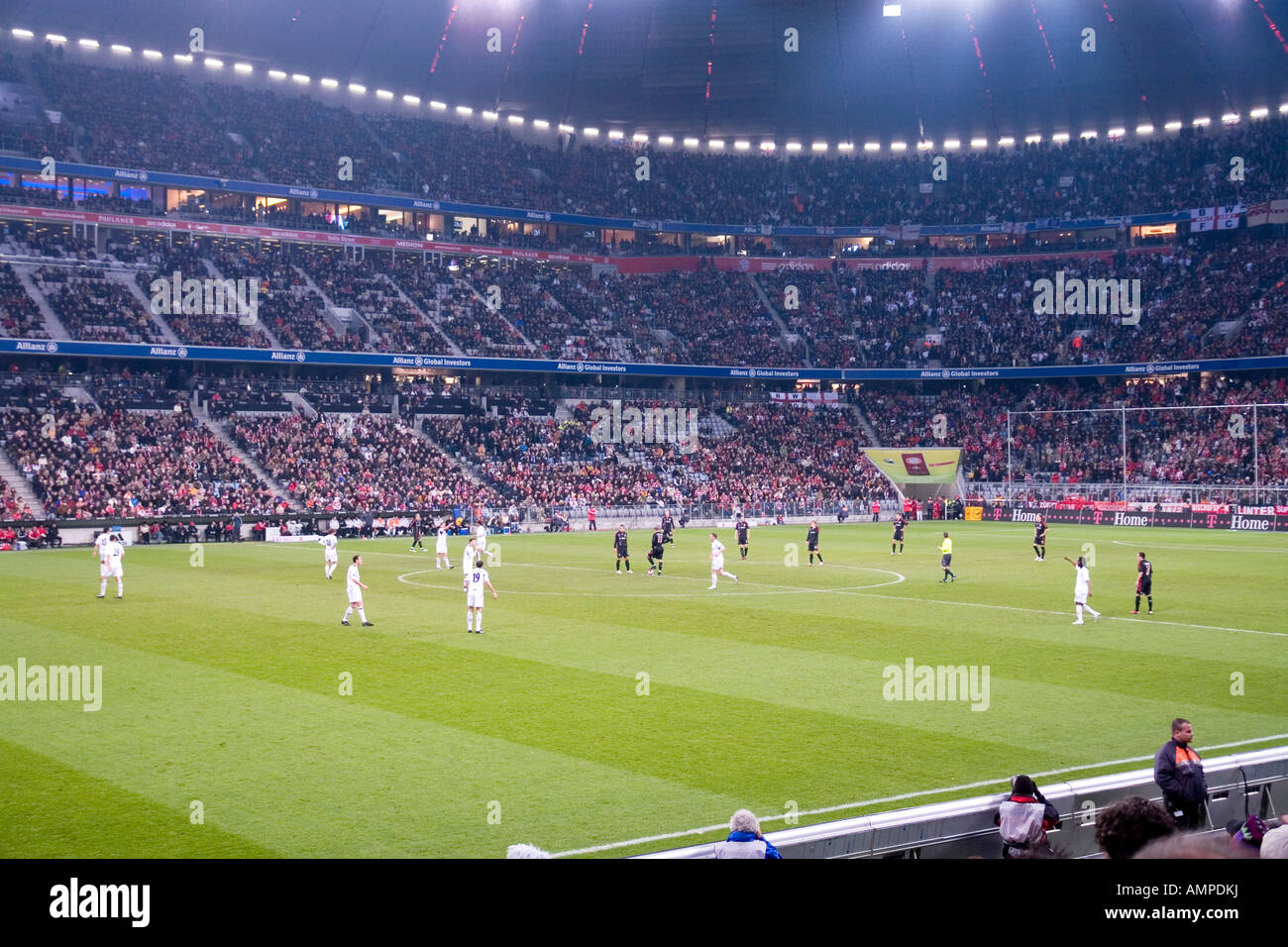 EU DE Germany Bavaria Munich The football stadion Allianz Arena at night game for the UEFA Pokal at 08 11 2007 FC - Stock Image