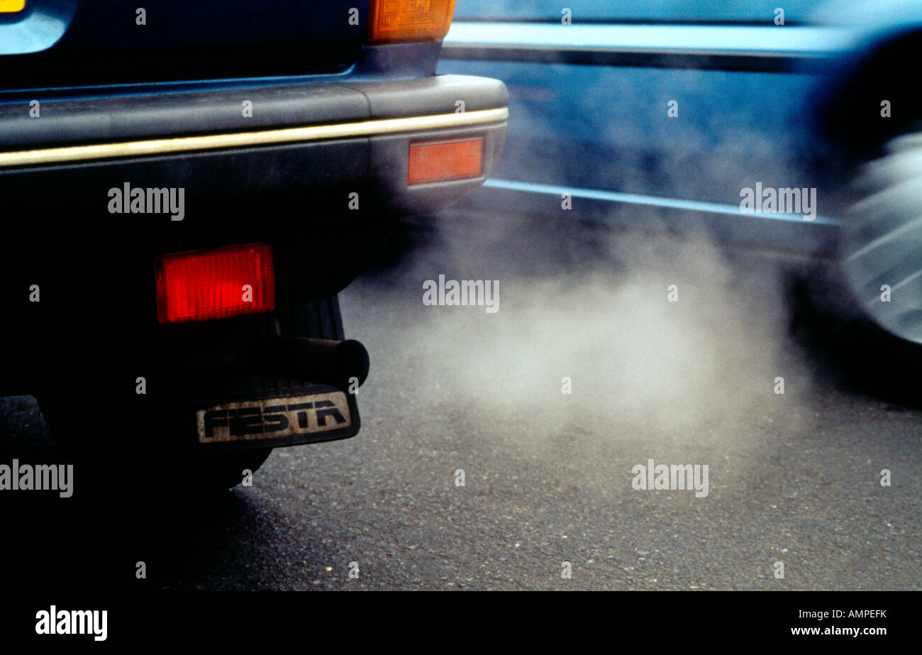 Car Exhaust Fumes Stock Photos Car Exhaust Fumes Stock Images Alamy