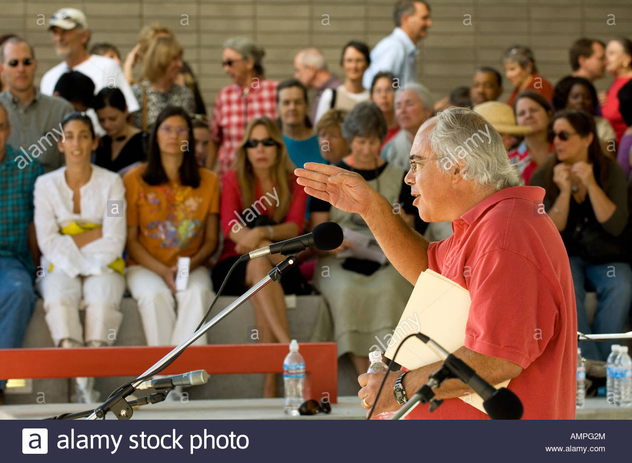 Tenney Nathanson, a local poet and professor at UA reading his poetry at the opening festival for the new University - Stock Image